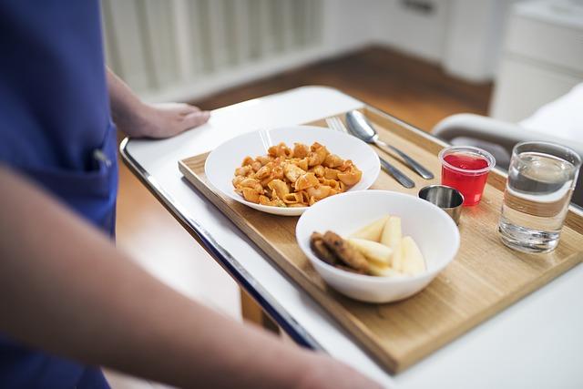 nemocniční jídlo