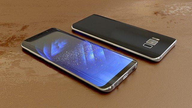 moderní mobil